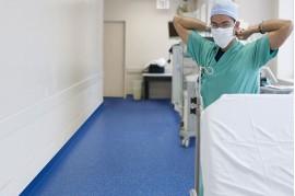 Linoleum PVC Alb Antibacterian pentru spitale clinici sali de operatie camere sterile  PRISMA Stella 1 TARKETT