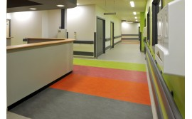 linoleum trafic intens antibacterian spitale scoli gradinite pret. Black Bedroom Furniture Sets. Home Design Ideas